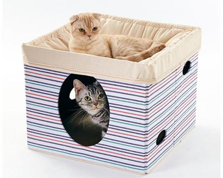 猫用の2階建のベッドです