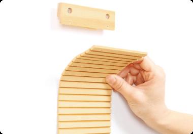 壁に貼れる爪とぎボード