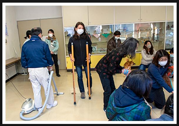 高齢者施設に見立てた活動シミュレーション