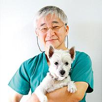ロッキー動物病院・院長 獣医師 蔵所 宏好先生